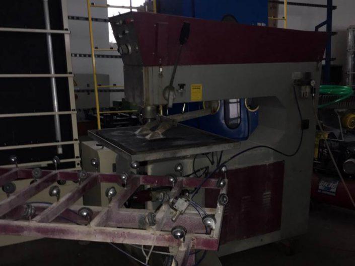 RBB vízszintes üvegfúró gép