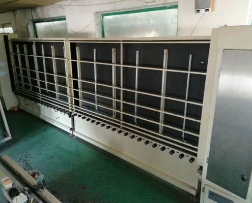 Insulated glass line with roll pres