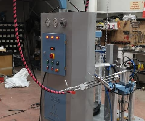 Bi-Component glass sealing machine